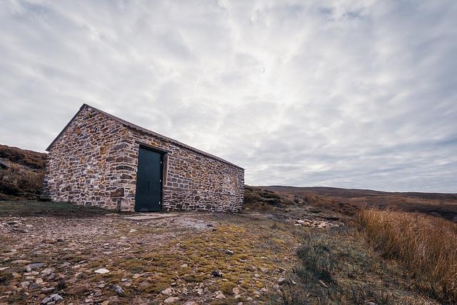 Shooting cabin near Whitethorn clough