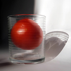 glass and tomato