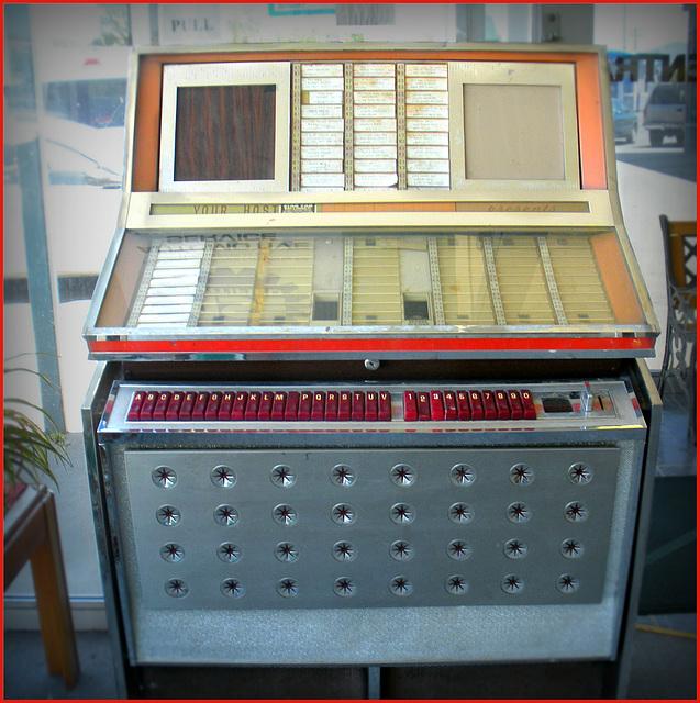 Late 1960s juke box