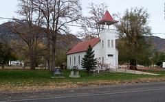 Surprise Valley Eagleville Community Church CA (0871)