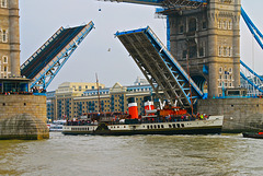 WAVERLEY passing through Tower Bridge