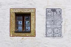 Giebelkunst und Fenster