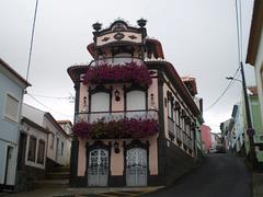House (2007).