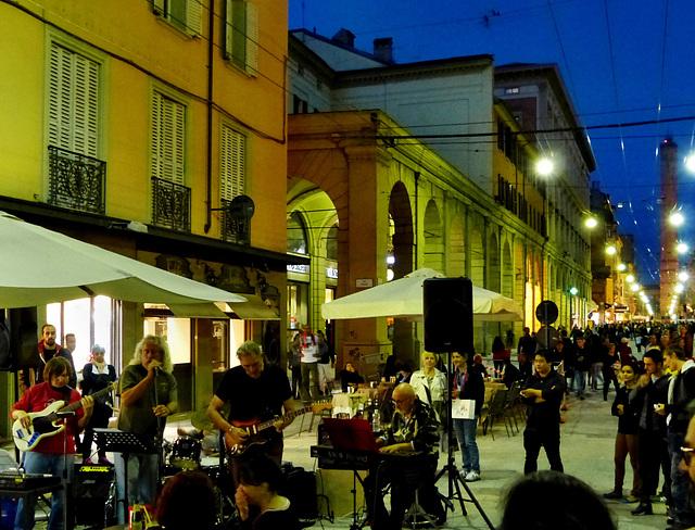 Bologna - Night Rock
