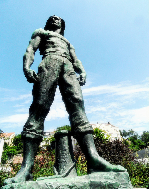 Monument to the Port Workers