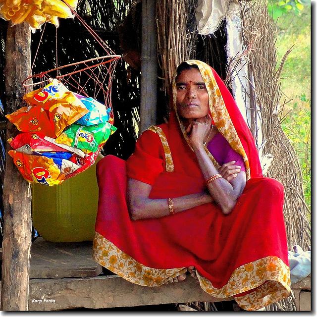"""Trinkets seller"" - Panna - Rajasthan - INDIA"