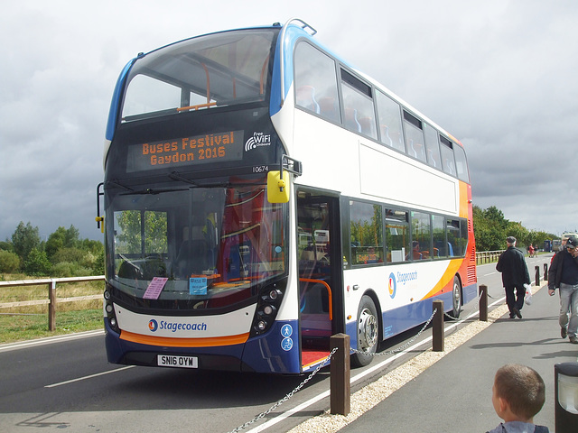 DSCF4804 Stagecoach (Thames Transit) SN16 OYW  - 'Buses Festival' 21 Aug 2016