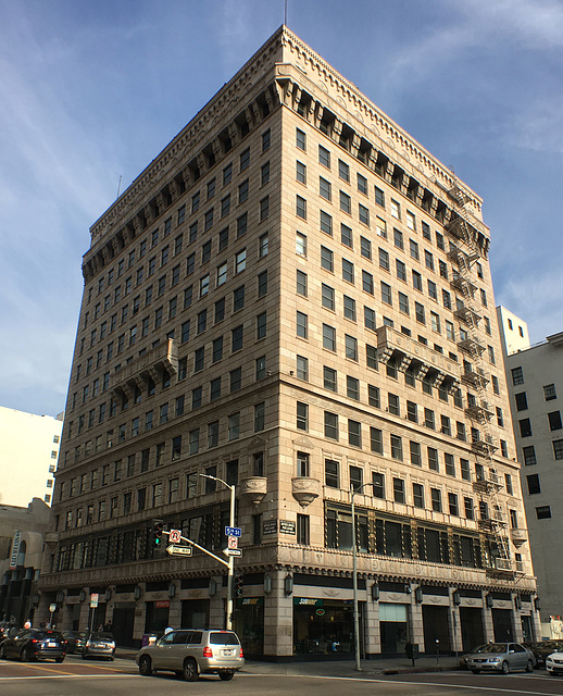 5th and Hill Street (0311)