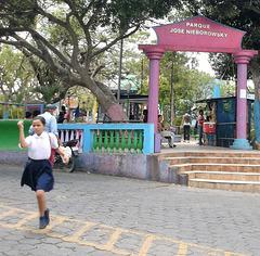 Lévitation au parc / Park's levitation