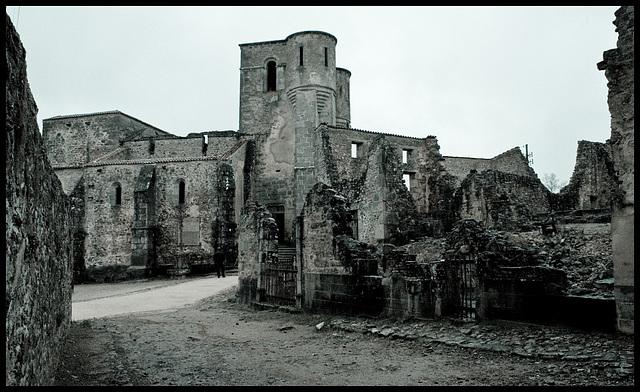 Oradour church (pale)
