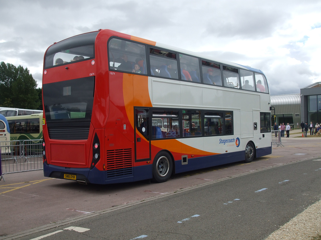 DSCF4814 Stagecoach (Thames Transit) SN16 OYW  - 'Buses Festival' 21 Aug 2016