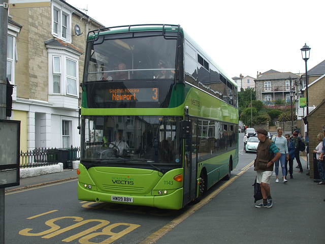 DSCF8568 Go-South Coast (Southern Vectis) 1143 (HW09 BBV) in Ventnor - 4 Jul 2017