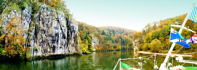 Nahe der Engstelle am Donaudurchbruch. ©UdoSm