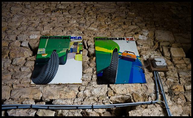 Classic enamel (Michelin tyre signs)