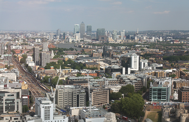 Fenchurch Street lines and Canary Wharf
