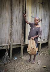 En route pour l'école - Village Antsiranatsara - Sainte-Marie (Madagascar)