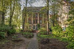 Verzauberter Schulhof / Enchanted Schoolyard