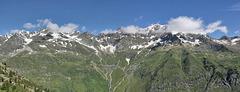 Panoramablick hinüber zum Burgler Kamm und zur Schneidalm (PIP)
