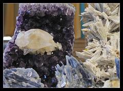 Calcite sur améthyste