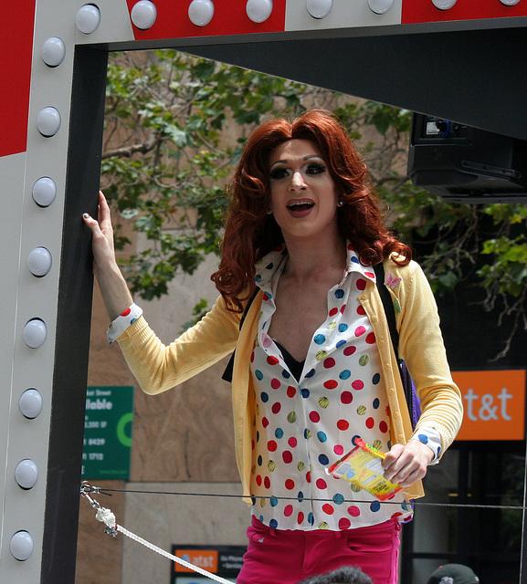 San Francisco Pride Parade 2015 - Kimmy Schmidt (6621)