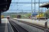 IR 15 Zugnummer 2514 nach Genf Aeroport, verlässt den Bahnhof Romont