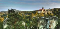 Kastelo Hrubá skála - Bohemia Paradizo / Castle Hrubá skála - Bohemian Paradise / Czech Republic