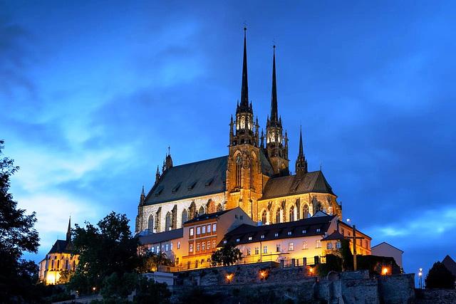 Katedralo Petrov en Brno - Petrov Cathedral in Brno