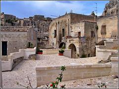 Matera : una zona pedonale per visitare il museo delle antiche case rupestri