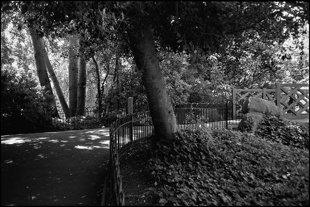 Between the lakes, Battersea Park.