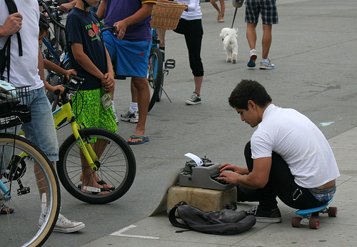 Assistance For The Illiterate At Venice Beach (7479)