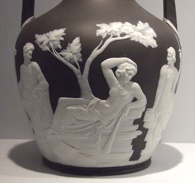 Ipernity Detail Of A Wedgwood Copy Of The Portland Vase In The