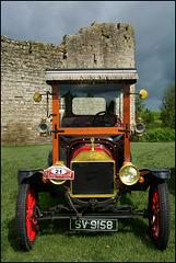 Oldie Show At Trim Castle