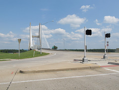 Another of the numerous cable-stayed bridges installed in the U.S. in the 90s-00s.