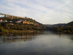 Railway bridge over Corgo River.