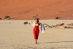 Namibia, She feels like flying over Deadvlei
