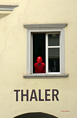 Bolzano - the Red Man - PiP