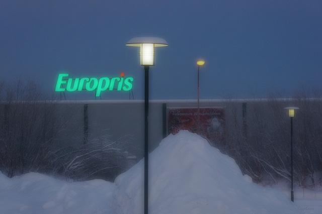 Europris mit Lampen