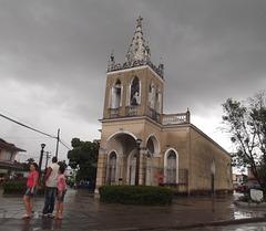 Prier sous les nuages