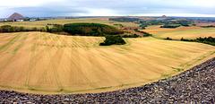 Blick von Zirkelschachthalde ins Mansfelder Land