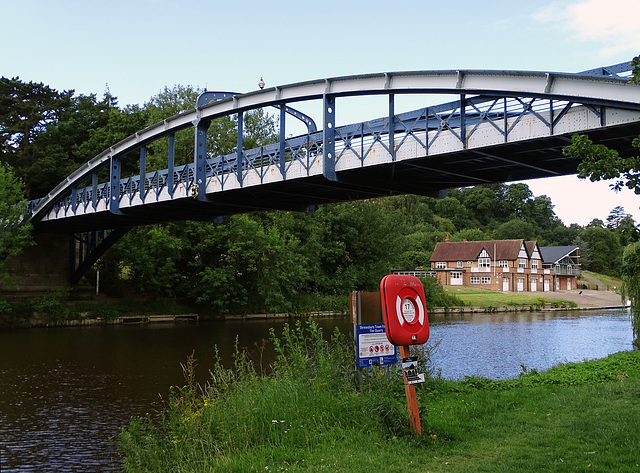 Kingsland Bridge