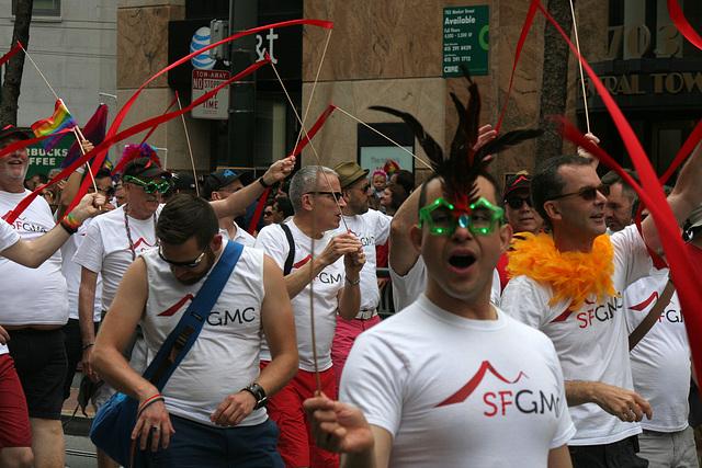San Francisco Pride Parade 2015 - SFGMC (5833)
