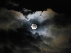 Au clair de la lune....!