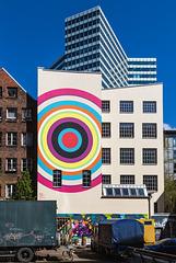Urban contrasts (2xPiP)