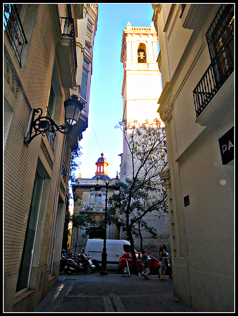 Valencia: torre de San Martín.