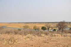 Fone, videblas la urbeto Ngoma, en la Namibia flanko