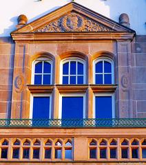Düsseldorf - Fassade an der Rheinuferpromenade