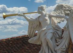 2 (16)austria vienna ..statue...blowing angel