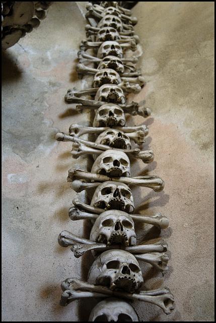 Stack o' skulls