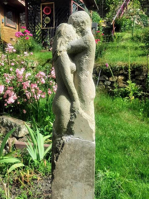 Liebende - Skulptur von Ralf Zickermann