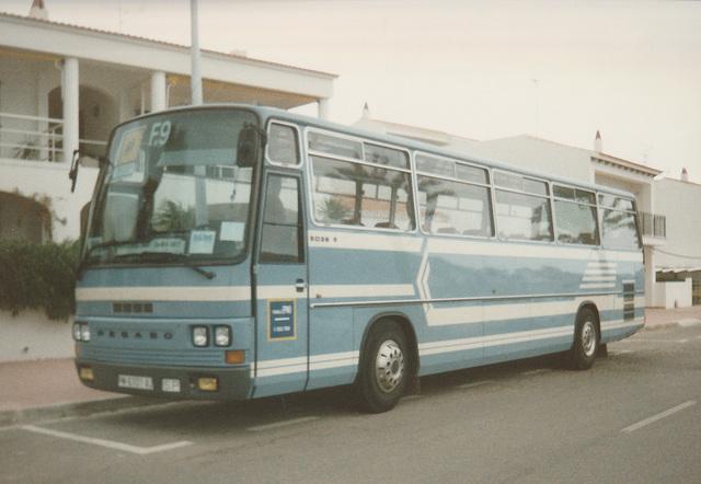 Autos Fornells (Menorca) 9 (PM 6101 AJ) - Oct 1996 332-21